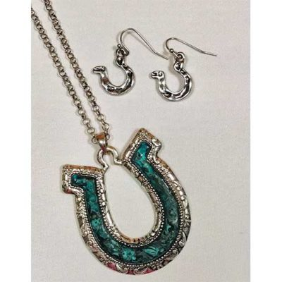 Patina Horseshoe Necklace Set